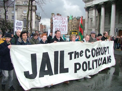 Corruption-jail-the-politicians1-1024x768